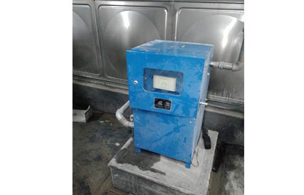 水箱消毒机