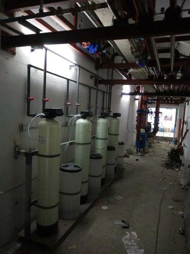 自动软水器
